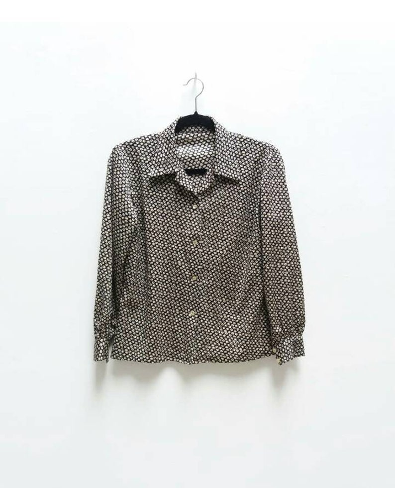 4d3b858273230 Patterned Blouse Vintage Black Long-Sleeve Button Up Blouse | Etsy