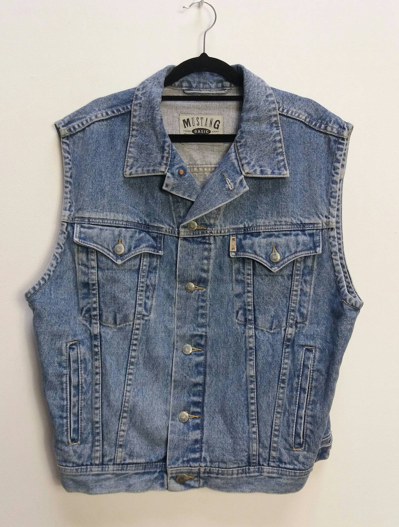 cccc9e8b904b5 Sleeveless Blue Denim Jacket Vintage Large Denim Jacket