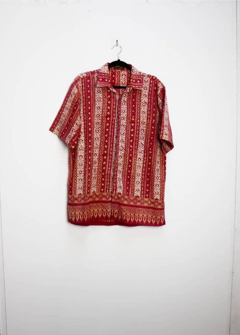 Red Patterned Shirt Vintage Patterned Button Up Short Sleeve Shirt Large Button Up Shirt Vintage Red Pattern Short Sleeve Button Down Shirt
