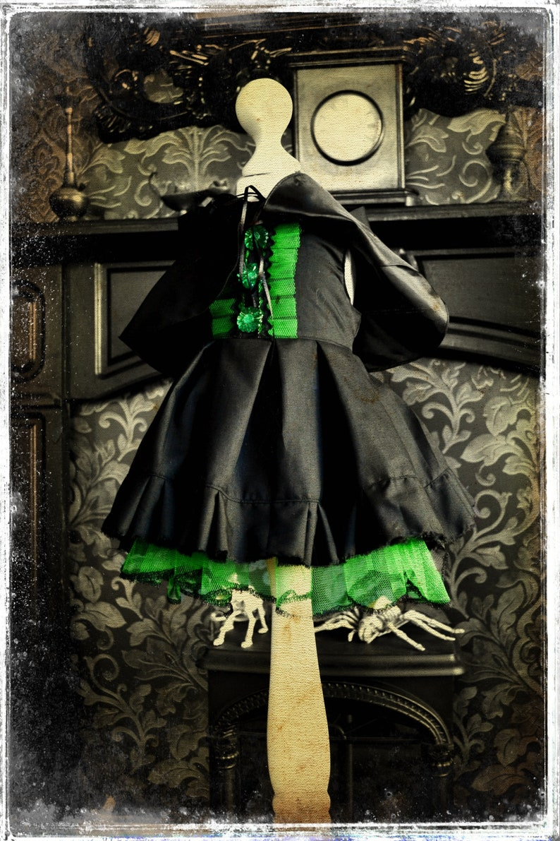 Bespoke Cute /& Spooky Little Wizard of Oz Inspired Gothic Witch Dress and Cape for Little Cosplay Creepy Goths