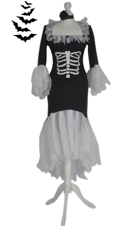 79981824d53 Spooky.Creepy.Ghoulish.Vampire.Dress   Corset.Goth.Gothic