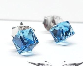 Marvel Avengers Tesseract inspired Swarovski Crystal Earrings Sterling Silver - Aquamarine infinity stone 5mm