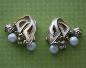 Gold Scroll with Faux Pearl and Gold Beads Goldtone Clip On Earrings, Vintage Clip On Earrings