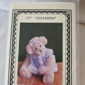 Rupert the Bear Sweater Bill the Badger Edward Trunk Children /& Adult/'s Gary Kennedy 3 Knit PATTERN No 3335 Knitting Patterns