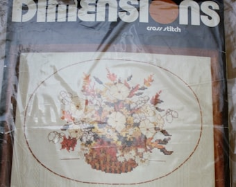 Dimensions  Oval Lace Floral  Cross Stitch Kit  1979 NIP 16 x 12 Frame Size