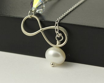 Infinity Necklace with Pearl and Swarovski, Sterling Silver Necklace, Freshwater Pearl Necklace, Swarovski Crystal, Figure 8 Link