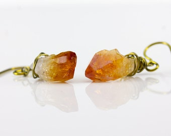 Niobium Earrings with Yellow Citrine - Sensitive Ears Hypoallergenic Colored Niobium - Natural Raw Rough Gemstone Jewelry - Wire Wrapped