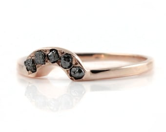 Wedding Band - Custom-made Band with Rough Diamonds - 14K Rose Gold - Raw Rough Diamonds