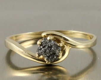 14K Yellow Gold With Rough Diamond - Jet Black Raw Uncut Unfinished Diamond - Engagement Ring - Swirl Design Solitaire Ring