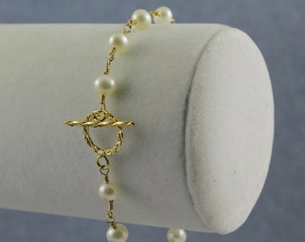 Pearl Bracelet with Toggle Clasp, 14K Gold-Filled Wire Wrapping, Elegant and Classy Bracelet, White Freshwater Pearls, June Birthstone