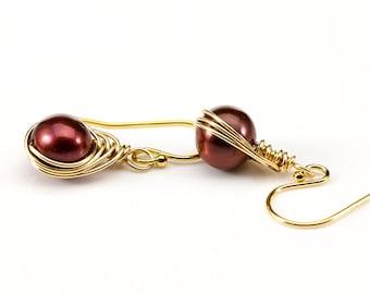 Pearl Herringbone Earrings on 14K Gold Filled - Burgundy Pearl Earrings - Red Freshwater Pearls - Classic Earrings