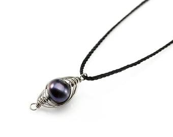 Black Pearl Niobium Necklace - Herringbone Pendant with Freshwater Pearl - Hypoallergenic - Natural Silk Necklace - Colored Niobium