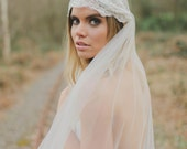 HARMONY | French Lace Veil