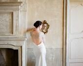 10 % off RENOIR | Luxury crystal rose wedding cape