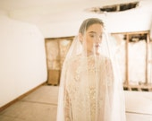 ANNA   Chantilly Drop Veil