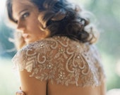 10 % off DREAMWEAVER | Sheer floral vine bridal cape