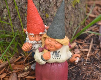Eb2600 Forest Gnome Gnomes Couple Man And Woman 1993 ENESCO Richard And  Rosemary Klaus Wickl Sculpture 323632