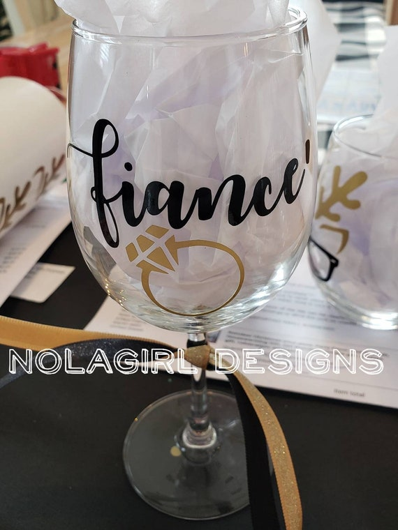 Fiance' wine glass, I said yes, I'm getting married, Fiance', personalized wine glass, personalized Beer glass, engagement party gifts