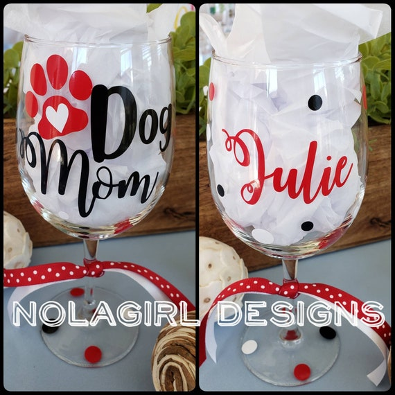 Dog Mom Wine glass, Mother's day gift, Dog Mom squad, Personalized, Gifts for Mom, Stepmom, Wine Lover, Birthday Gift, Groomer Gift