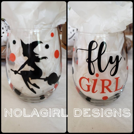 Halloween Wine glass, fly girl, witch wine, flying witch, Halloween drinks, Personalzied glass, Gift wine lover, Flight Attendant gifts