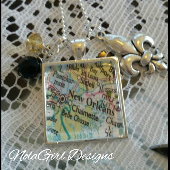 New Orleans Map Necklace , Black and Gold, Map pendant, NOLA Charm Necklace, Fleur de lis charm, New Orleans style, ladies, teens tween gift