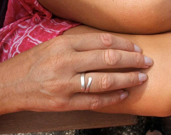 Ajustable Circle Namaste Stamped Sterling Silver Ring, Spiral, Elegant, Slim snake ring, Free Shipping