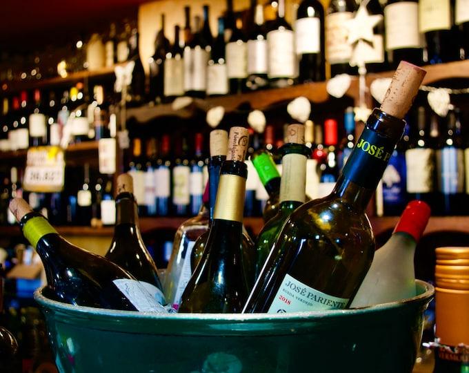 Botellas de vino español, Spanish Wine Bar, José Pariente, Tapas Bar, Limited Edition Photo