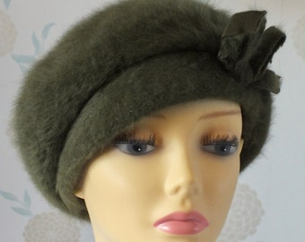 564370738b4eb KANGOL Vintage Sage GREEN Mohair BERET Style Hat. Lovely
