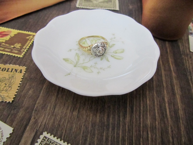 Trinket Vintage Yellow Trumpet Flowers Ring Dish Wedding Styling Details Wedding Prop Vintage Porcelain Antique Jewelry Tray