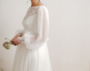 Amoret wedding dress, bishop sleeve wedding dress, tulle wedding dress, fairytale wedding dress, floral, romantic wedding dress