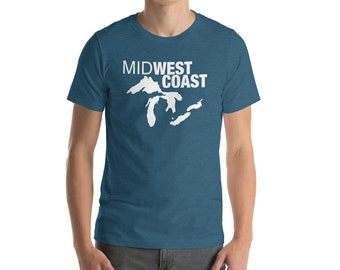 MidWest is Best Coast Funny Great Lakes Summer Fun Graphic Tee Short-Sleeve Unisex T-Shirt