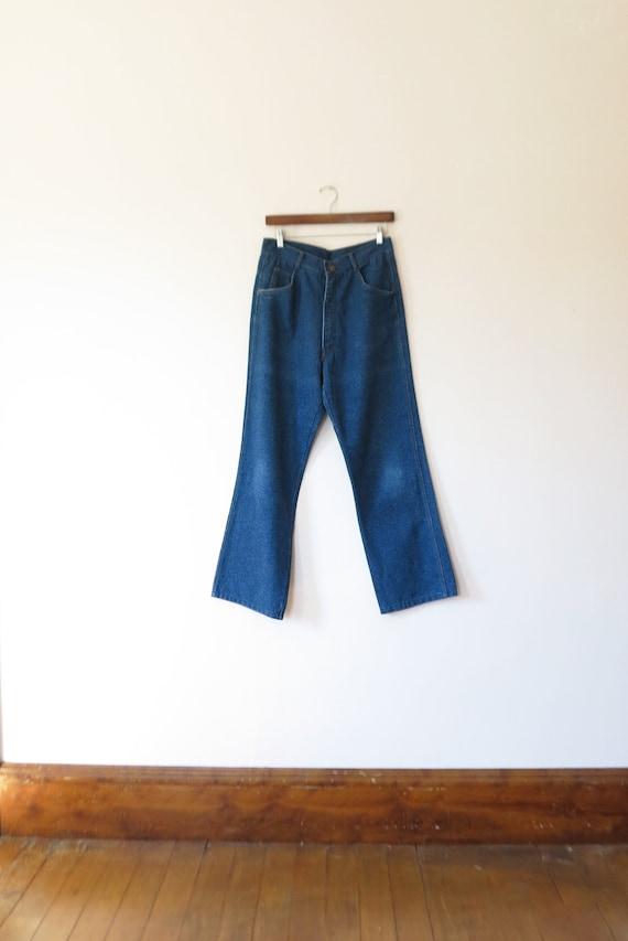 28w// vintage 70s high waisted jeans// live ins vi