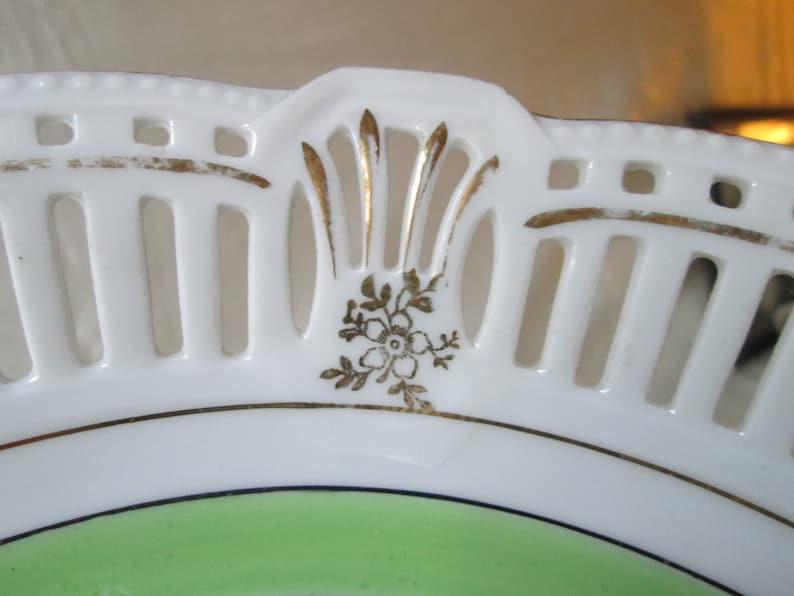 vintage des années 1940 German Reticulated Bowl. Main décorée Garden Scene Transfer.Wedding Gift, Cadeau de pendaison de maison, cadeau de jour de mères