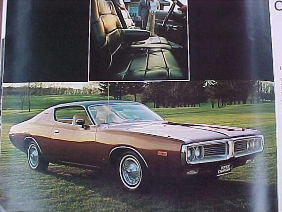 1972 CHEVROLET MONTE CARLO ORIGINAL DEALERSHIP SALES /& CAR INFO POSTER MINT NEW!