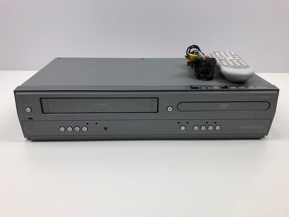 Magnavox DV200MW8 DVD & VCR Combo Dvd Player Vhs Vcr Recorder with Remote,  Cables Manual