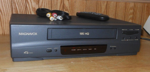 Magnavox VRT242 VHS VCR Recorder Player With Remote & Cables