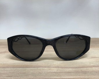 fb88e4110eb7 YSL Yves St. Laurent vintage sunglasses