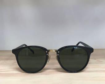 Round vintage sunglasses black