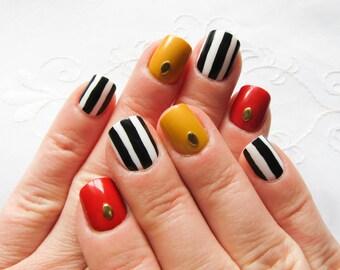 Short Nails / Fake Nails / Stripe Nails / Press on Nails / False Nails / Acrylic Nails