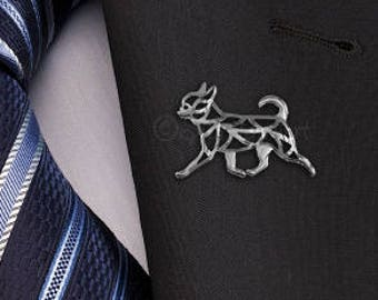 Smooth-Coat Chihuahua movement brooch - sterling silver.