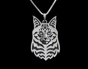 Maine Coon Cat jewelry - sterling silver pendant and necklace