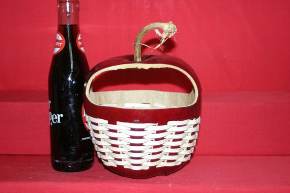 Handwoven  Apple  Gourd Basket