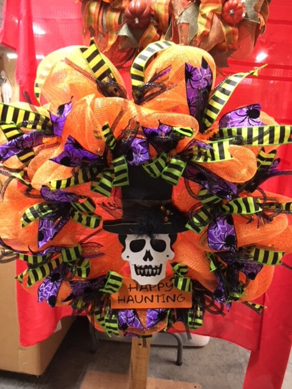 Happy Haunting  Halloween Wreath