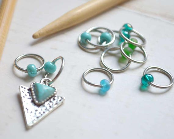 SALE!! Knitting Stitch Markers -  Arrowhead - Snag Free - Made to order in your choice of 4 sizes