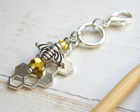 Knitting Stitch Marker - Honeybee / Removable or Progress Stitch Marker / Single Stitch Marker for Knitters