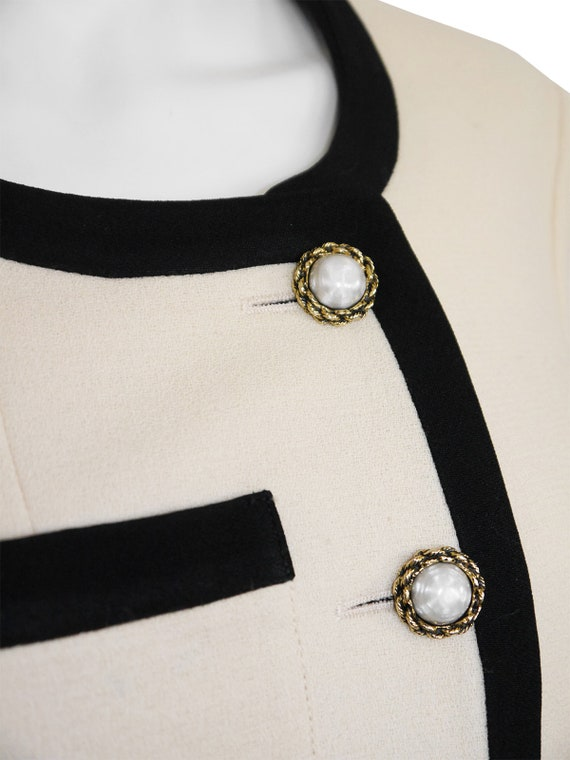 """MOSCHINO 1990s Vintage """"Let's Twist Again"""" Chanel… - image 5"""