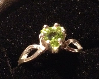 Natural Trillion Peridot Sterling Silver Ring, Size 7