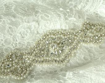 Rhinestone Applique / Bridal Applique /  Pearl and Rhinestone Beaded Applique / DIY bridal sash / (RA-43) Iron on