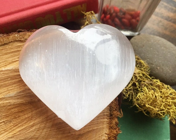 Selenite Heart, Selenite Pocket Stone, Palm Stone, Crystal Palmstone, Home Decor, Polished Crystal, Gemstone Heart