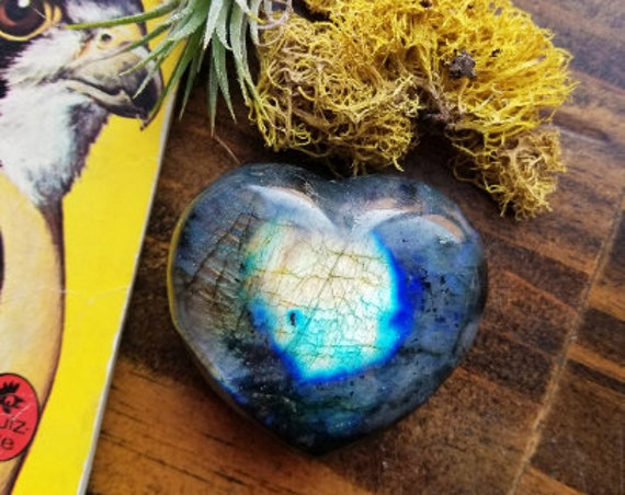 Labradorite Heart, Crystal Heart,  Polished Crystal Heart Gemstone, Large Labradorite Crystal Heart, 204g